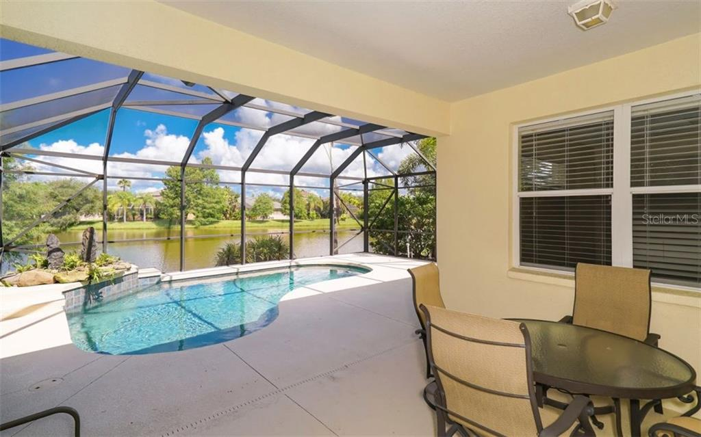 Single Family Home for sale at 6436 Orchard Oriole Ln, Lakewood Ranch, FL 34202 - MLS Number is A4187328