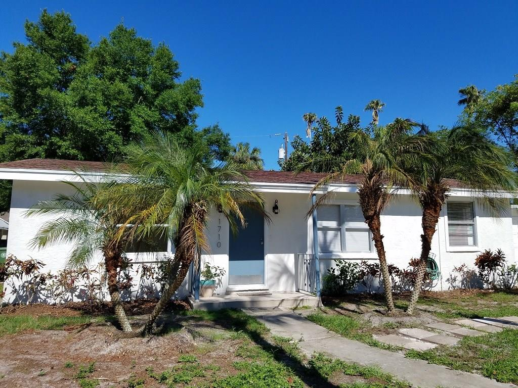 Single Family Home for sale at 1710 22nd St W, Bradenton, FL 34205 - MLS Number is A4187920