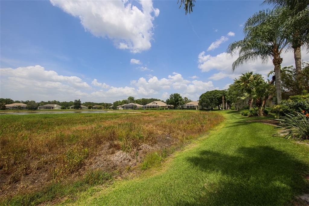 Single Family Home for sale at 11219 Rivers Bluff Cir, Lakewood Ranch, FL 34202 - MLS Number is A4188146