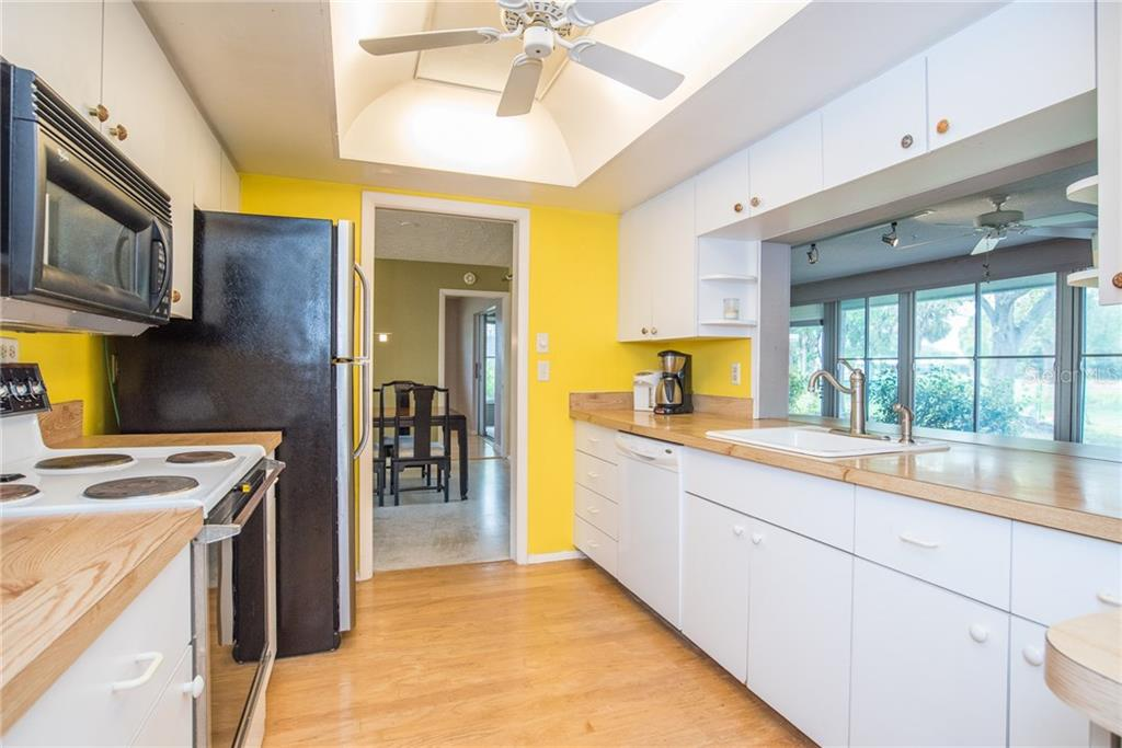 Kitchen - Single Family Home for sale at 3448 Pine Valley Dr, Sarasota, FL 34239 - MLS Number is A4188545