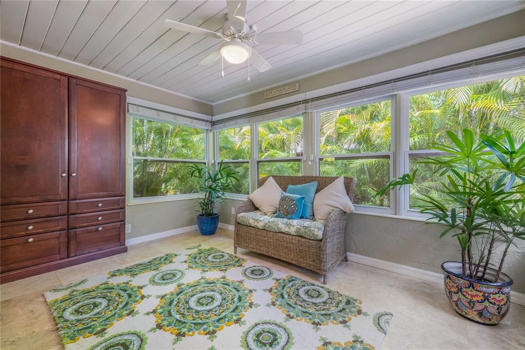 Used as Study. - Single Family Home for sale at 2516 S Osprey Ave, Sarasota, FL 34239 - MLS Number is A4190729