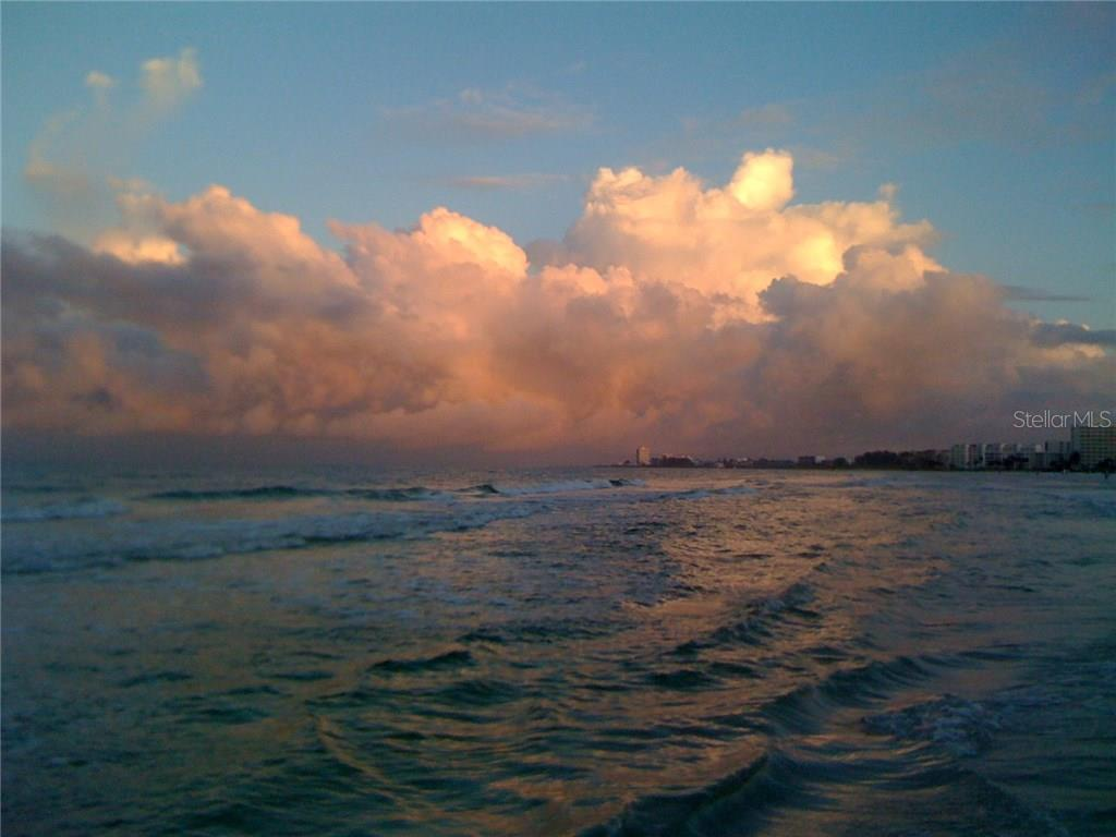 The cloud shows at dawn are magnificent! - Condo for sale at 439 Beach Rd #e, Sarasota, FL 34242 - MLS Number is A4192797