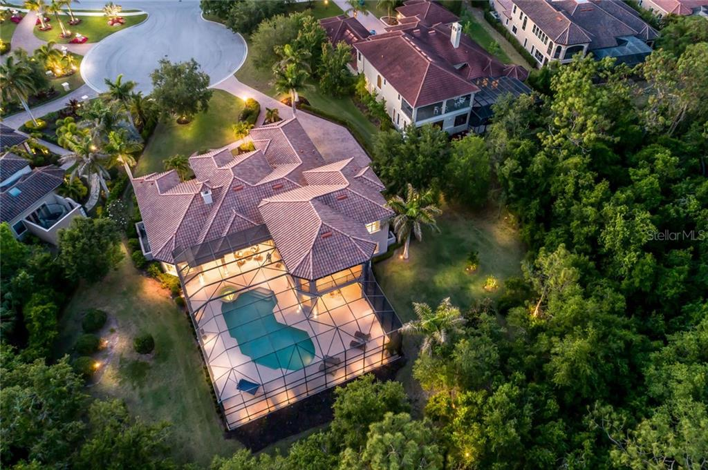 Almost an acre of privacy situated on a cul-de-sac - Single Family Home for sale at 12519 Highfield Cir, Lakewood Ranch, FL 34202 - MLS Number is A4192985
