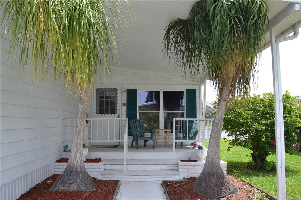 Manufactured Home for sale at 864 Baveno Dr, Venice, FL 34285 - MLS Number is A4193597