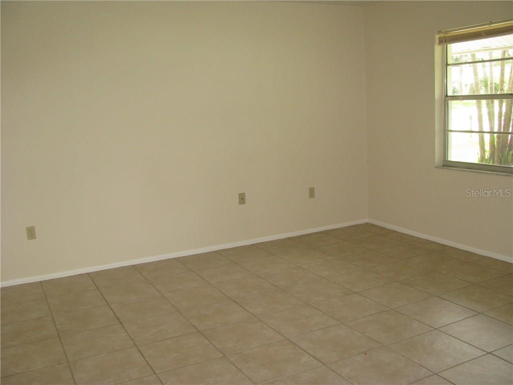 Living Room - Single Family Home for sale at 2112 Fairfield Ave, Sarasota, FL 34232 - MLS Number is A4194469