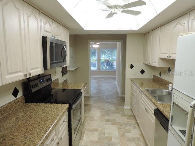 Villa for sale at 7213 Las Casas Dr, Sarasota, FL 34243 - MLS Number is A4194962