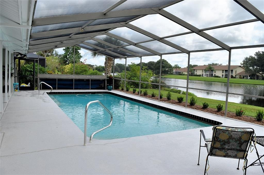 bedroom #2 - Single Family Home for sale at 1222 Sleepy Hollow Rd, Venice, FL 34285 - MLS Number is A4196086