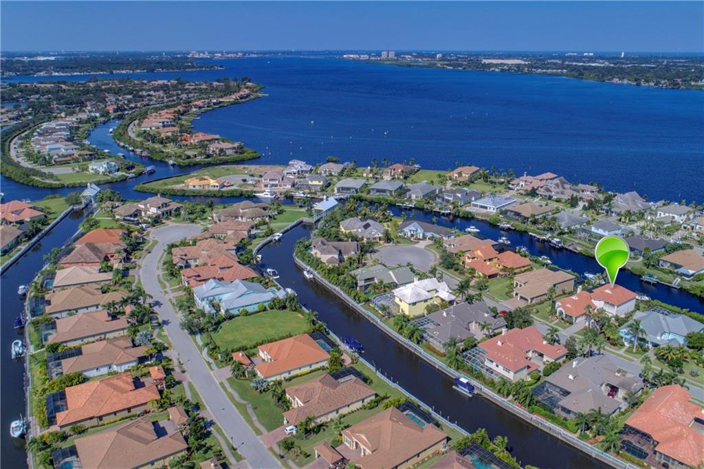 Short boat ride to open water. Manatee River only 3 minutes from your dock - Single Family Home for sale at 548 Fore Dr, Bradenton, FL 34208 - MLS Number is A4196590