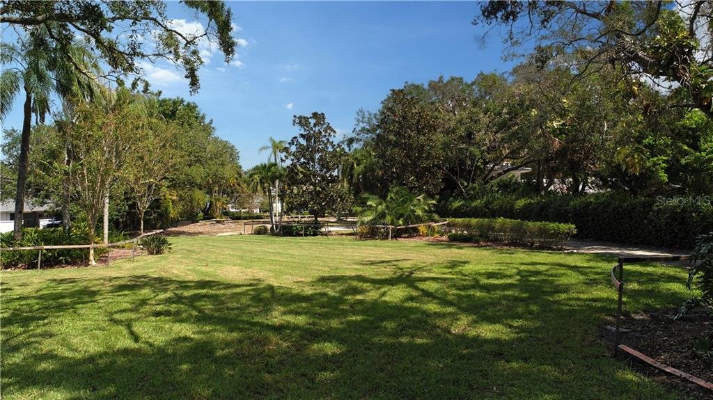 Vacant Land for sale at 1465 Hillview Dr, Sarasota, FL 34239 - MLS Number is A4197145