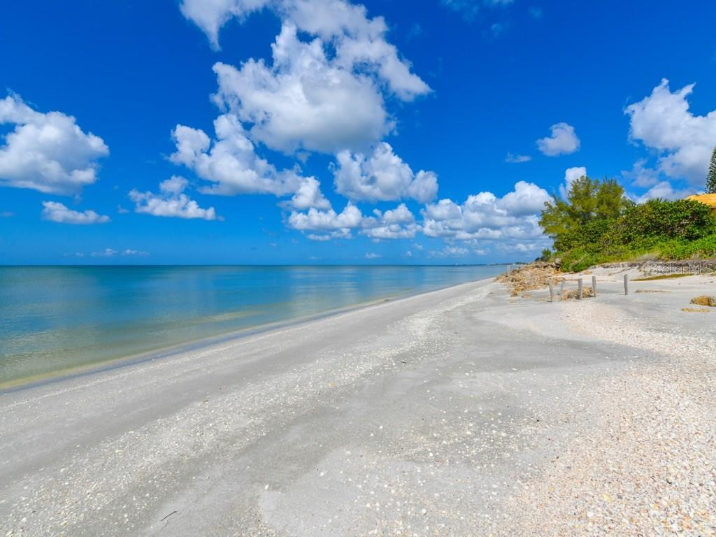 Private Beach View to the North - Single Family Home for sale at 418 N Casey Key Rd, Osprey, FL 34229 - MLS Number is A4198549