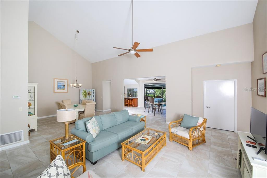 Villa for sale at 10 Inlets Blvd #10, Nokomis, FL 34275 - MLS Number is A4199370