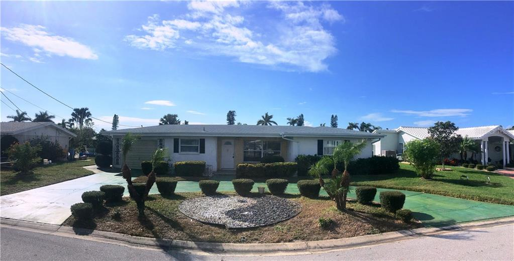 Single Family Home for sale at 4608 Coral Blvd, Bradenton, FL 34210 - MLS Number is A4203577