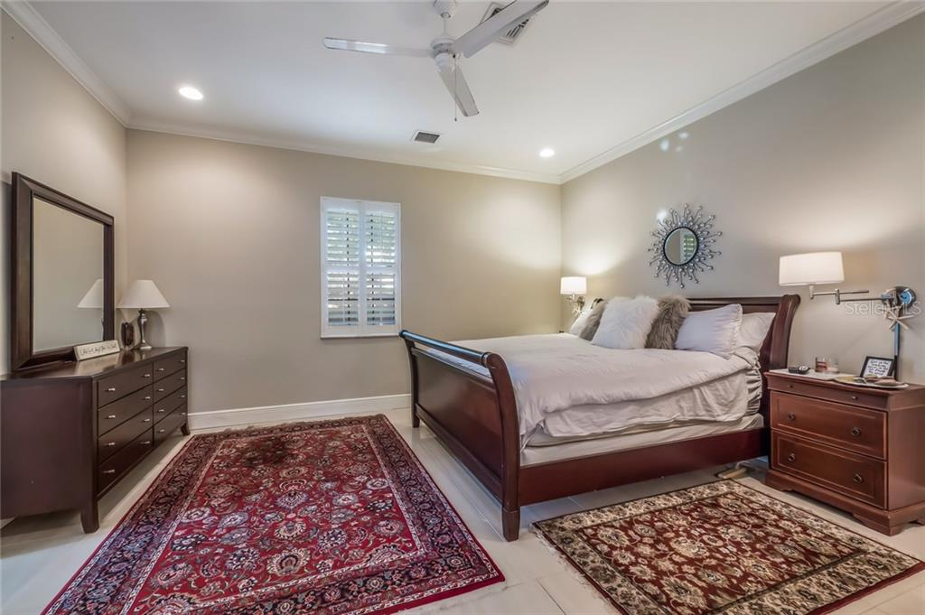 Master Bedroom - Single Family Home for sale at 5026 Kestral Park Way S, Sarasota, FL 34231 - MLS Number is A4203689