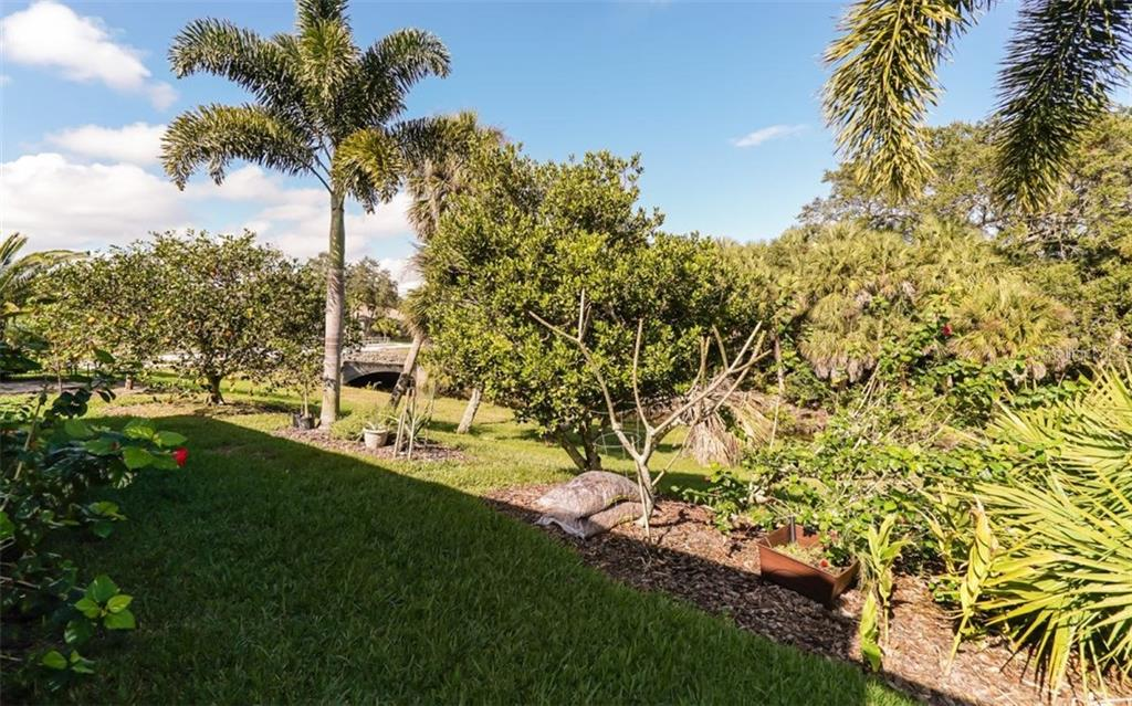Private Backyard - Single Family Home for sale at 460 Otter Creek Dr, Venice, FL 34292 - MLS Number is A4205372