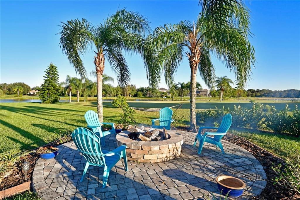 Single Family Home for sale at 22611 Morning Glory Cir, Bradenton, FL 34202 - MLS Number is A4207071
