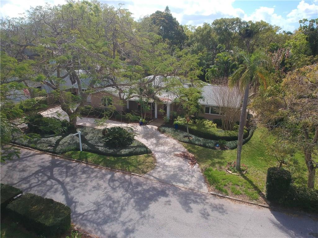 Single Family Home for sale at 1766 Loma Linda St, Sarasota, FL 34239 - MLS Number is A4207932