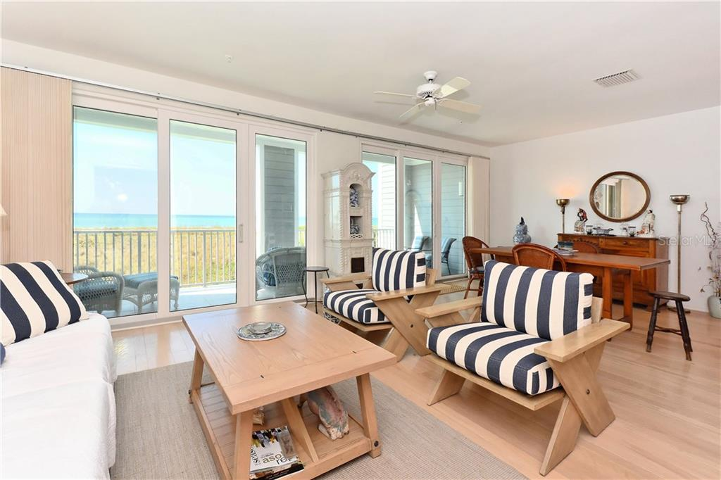 Main gulf front terrace - Townhouse for sale at 6843 Gulf Of Mexico Dr, Longboat Key, FL 34228 - MLS Number is A4208726
