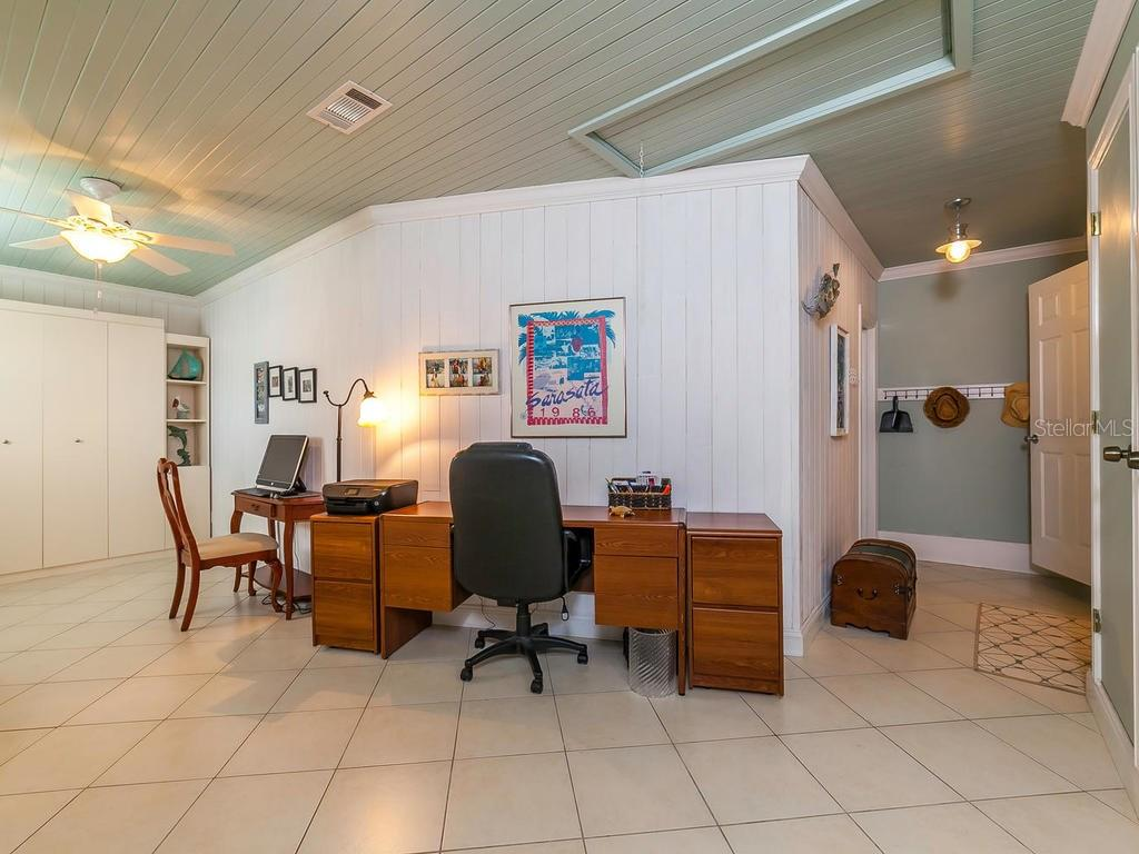 Den/Office with Murphy Bed - Single Family Home for sale at 411 Lyons Bay Rd, Nokomis, FL 34275 - MLS Number is A4209146