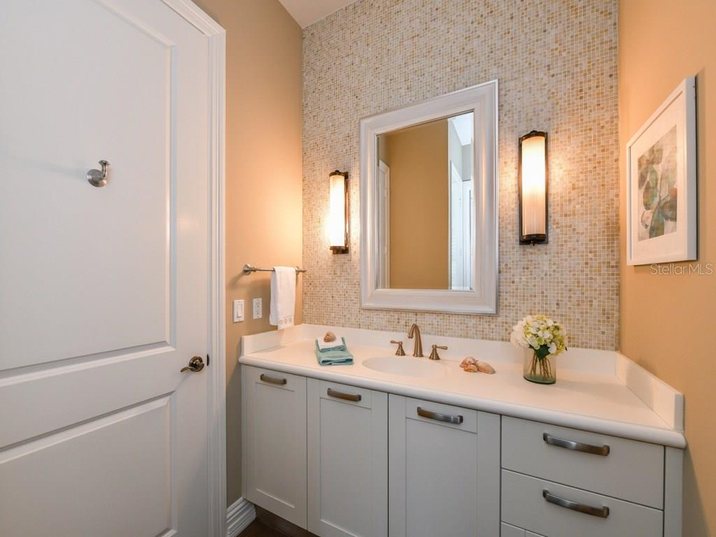 3rd bathroom with walk-in shower. Adjacent to 3rd bedroom and main living area. - Condo for sale at 888 S Orange Ave #ph-C, Sarasota, FL 34236 - MLS Number is A4209372