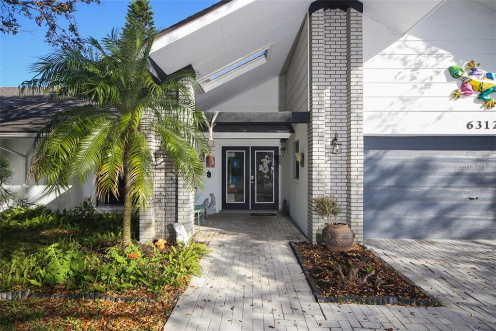 Single Family Home for sale at 6312 3rd Ave Nw, Bradenton, FL 34209 - MLS Number is A4211588