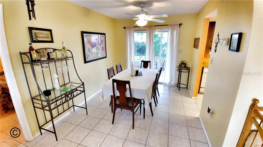 Single Family Home for sale at 3240 Vinoy Pl, Sarasota, FL 34239 - MLS Number is A4211991