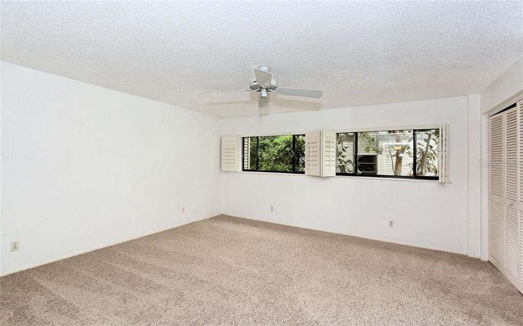 Master Bedroom - Condo for sale at 3440 Gulf Of Mexico Dr #8, Longboat Key, FL 34228 - MLS Number is A4214047