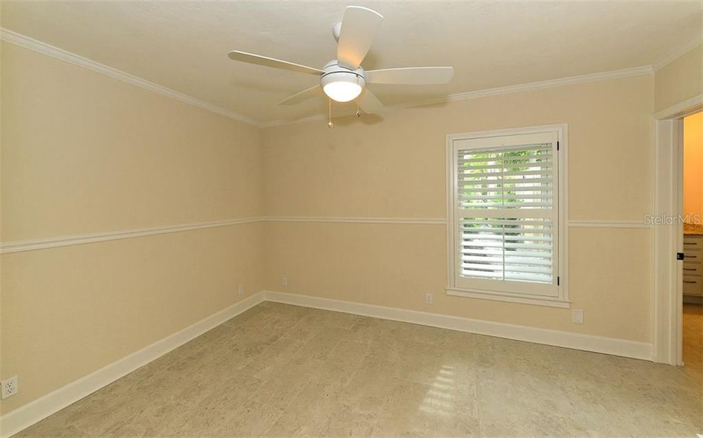 Bedroom 3 - Single Family Home for sale at 1670 Bay View Dr, Sarasota, FL 34239 - MLS Number is A4400079