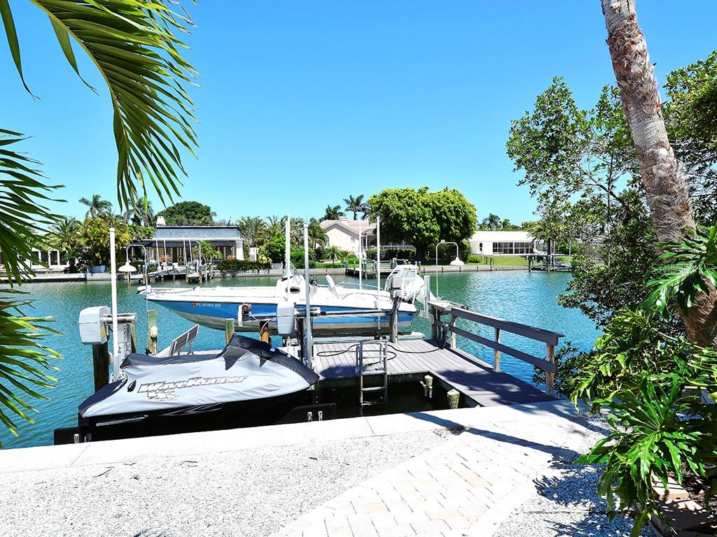 Private Dock and Lift - Single Family Home for sale at 85 S Polk Dr, Sarasota, FL 34236 - MLS Number is A4400870