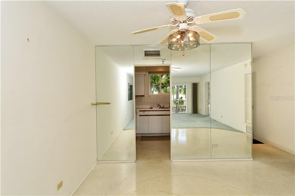 Looking back to kitchen - Condo for sale at 500 S Washington Dr #3b, Sarasota, FL 34236 - MLS Number is A4403390