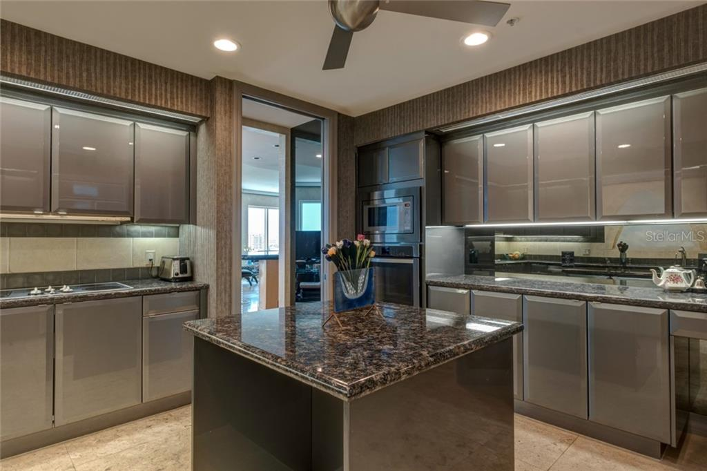 Kitchen Island - Condo for sale at 340 S Palm Ave #412, Sarasota, FL 34236 - MLS Number is A4403968