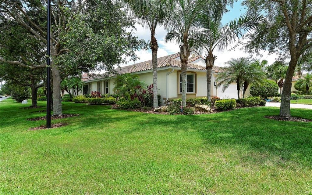 New Supplement - Single Family Home for sale at 6507 42nd St E, Sarasota, FL 34243 - MLS Number is A4404611