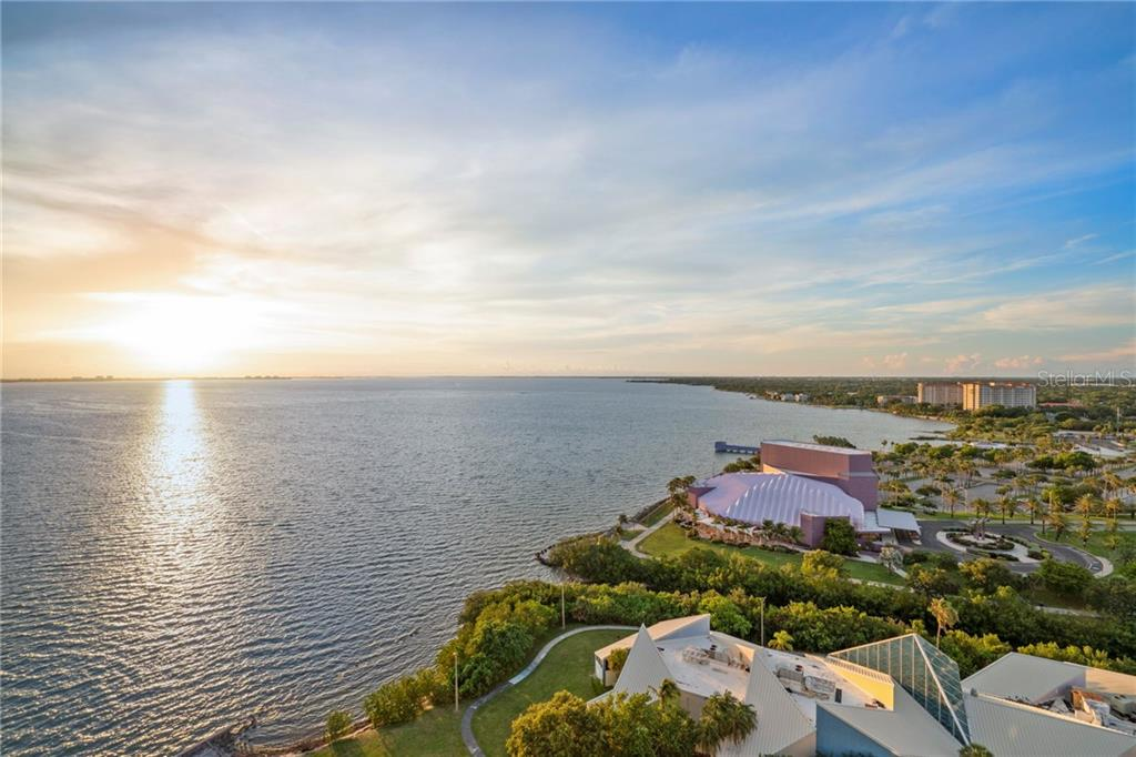 Condo for sale at 990 Blvd Of The Arts #1800, Sarasota, FL 34236 - MLS Number is A4405592