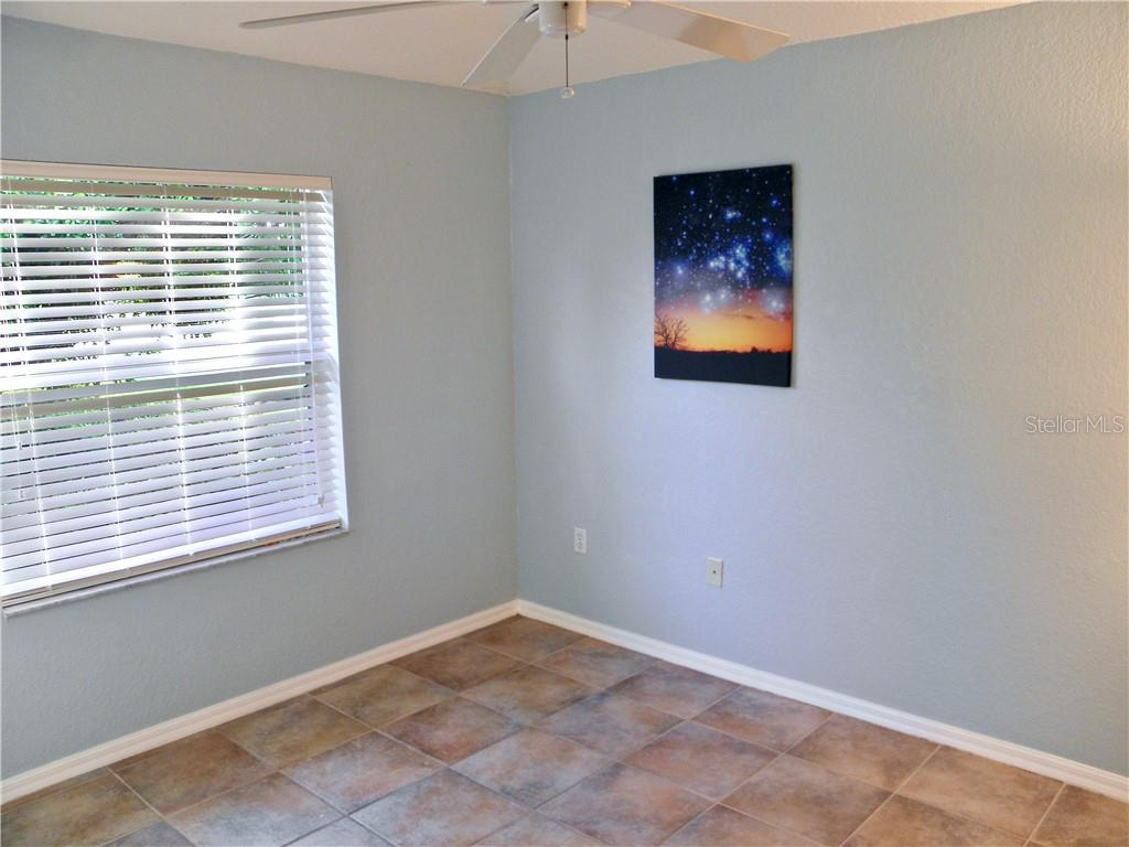 Single Family Home for sale at 6309 Glen Abbey Ln, Bradenton, FL 34202 - MLS Number is A4411026