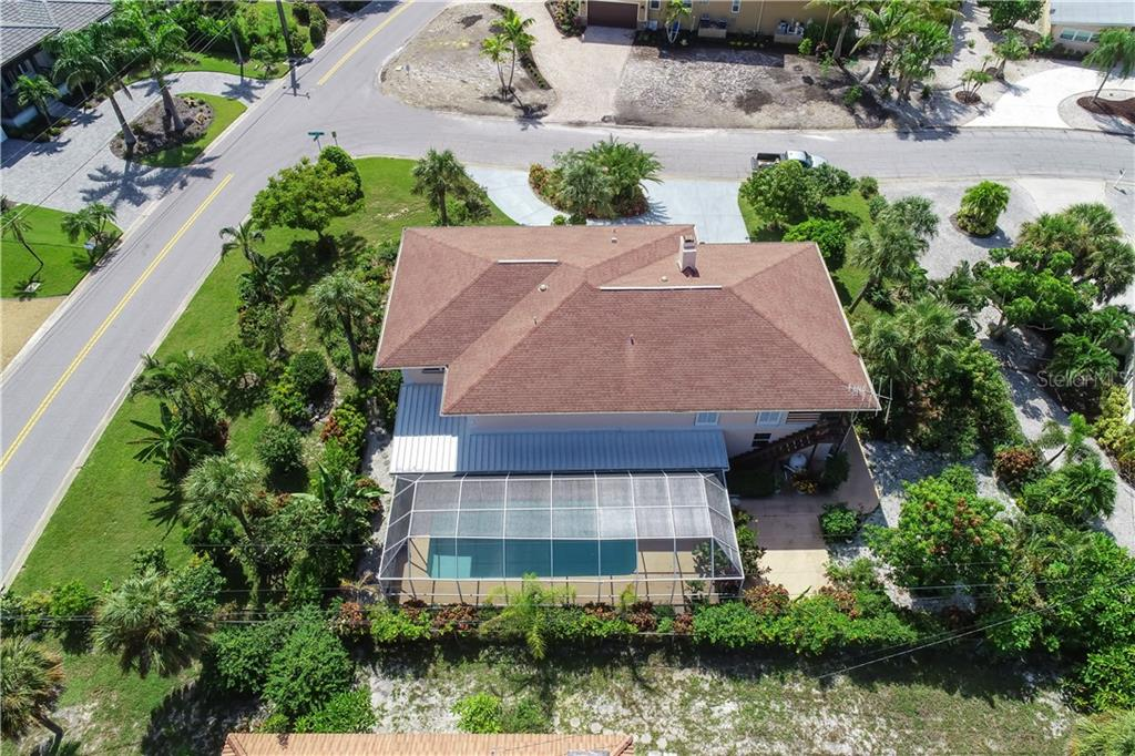 14'x32' swimming pool - Single Family Home for sale at 5591 Cape Aqua Dr, Sarasota, FL 34242 - MLS Number is A4411099