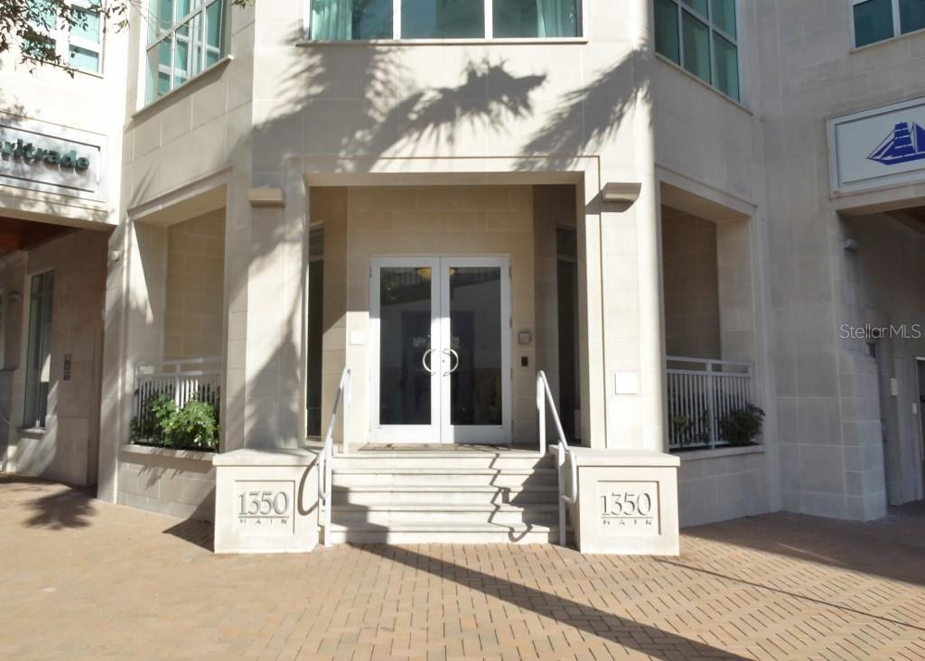 1350 Building Entrance - Condo for sale at 1350 Main St #1510, Sarasota, FL 34236 - MLS Number is A4412247