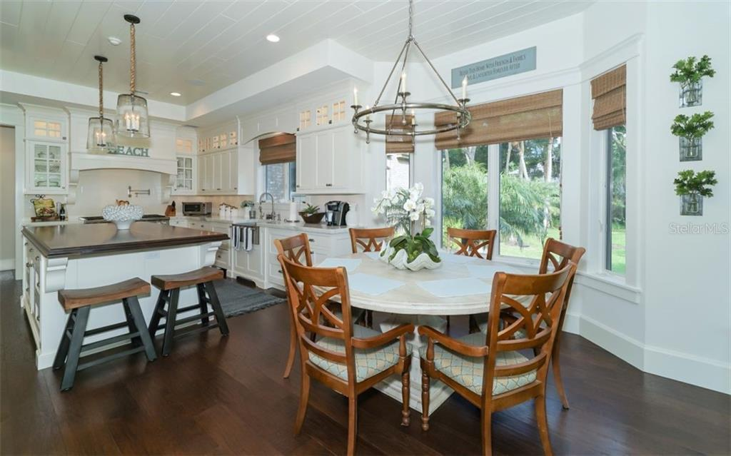 Eat In Kitchen - Single Family Home for sale at 3183 Dick Wilson Dr, Sarasota, FL 34240 - MLS Number is A4412326