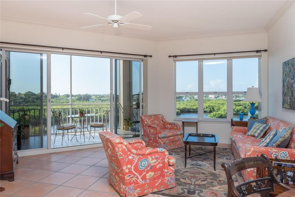 Condo for sale at 5450 Eagles Point Cir ##304, Sarasota, FL 34231 - MLS Number is A4414240