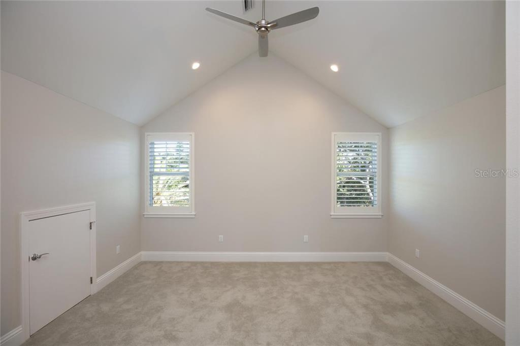 Single Family Home for sale at 1778 Hyde Park St, Sarasota, FL 34239 - MLS Number is A4416751