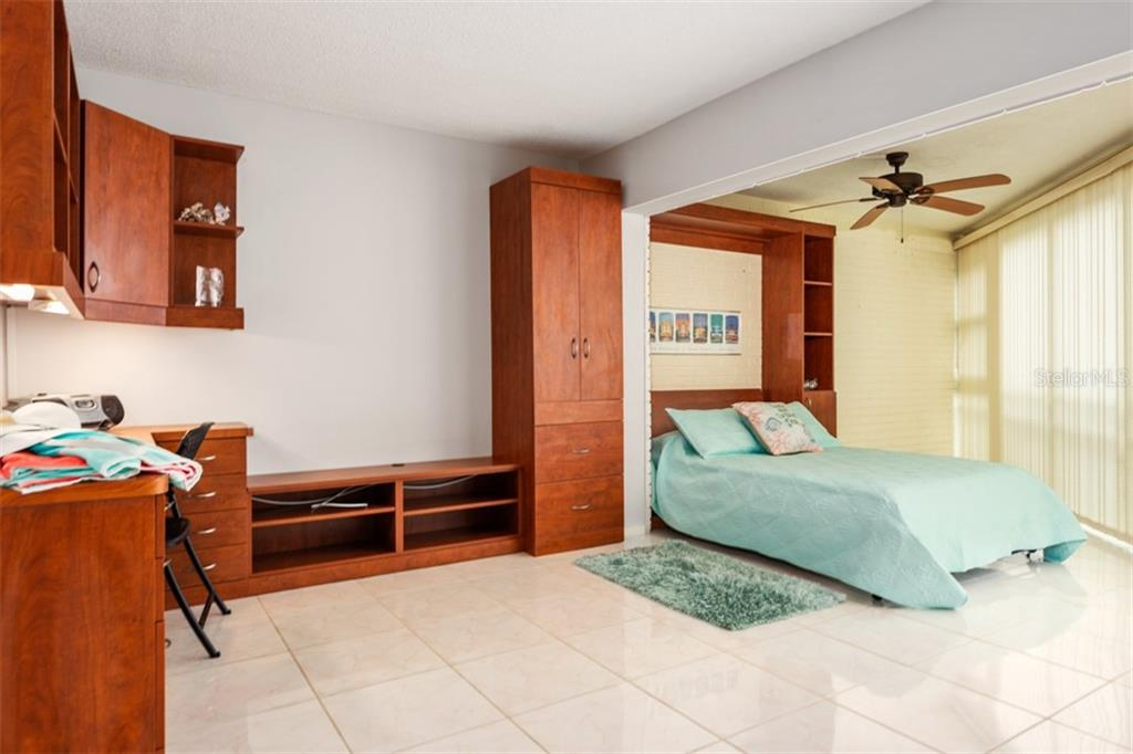 Nice . - Condo for sale at 450 Gulf Of Mexico Dr #b107, Longboat Key, FL 34228 - MLS Number is A4418457