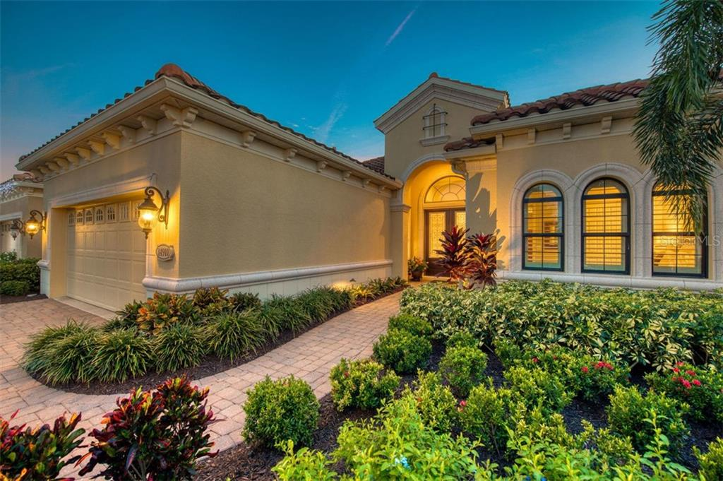 CDD - Single Family Home for sale at 14910 Castle Park Ter, Lakewood Ranch, FL 34202 - MLS Number is A4420956
