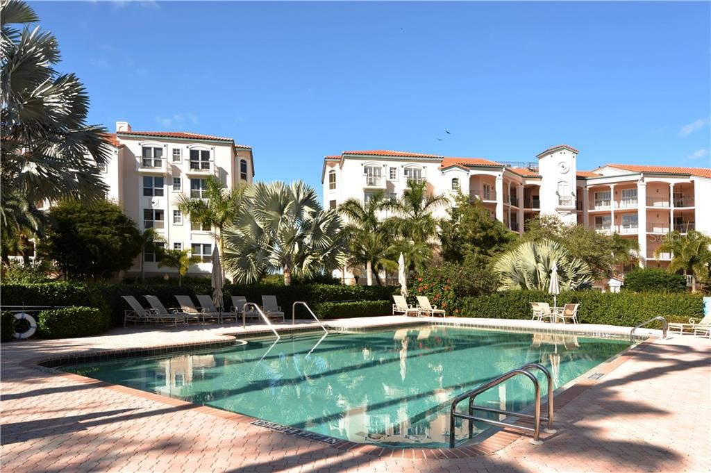 Condo for sale at 5450 Eagles Point Cir #302, Sarasota, FL 34231 - MLS Number is A4422391