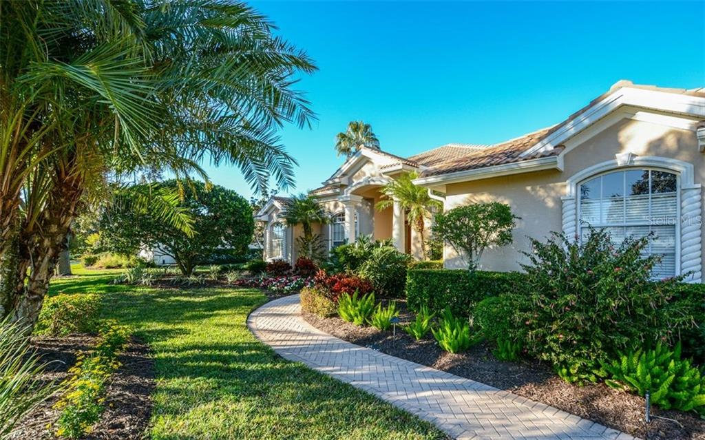 Great curb appeal with brick walkway - Single Family Home for sale at 2522 Tom Morris Dr, Sarasota, FL 34240 - MLS Number is A4423908