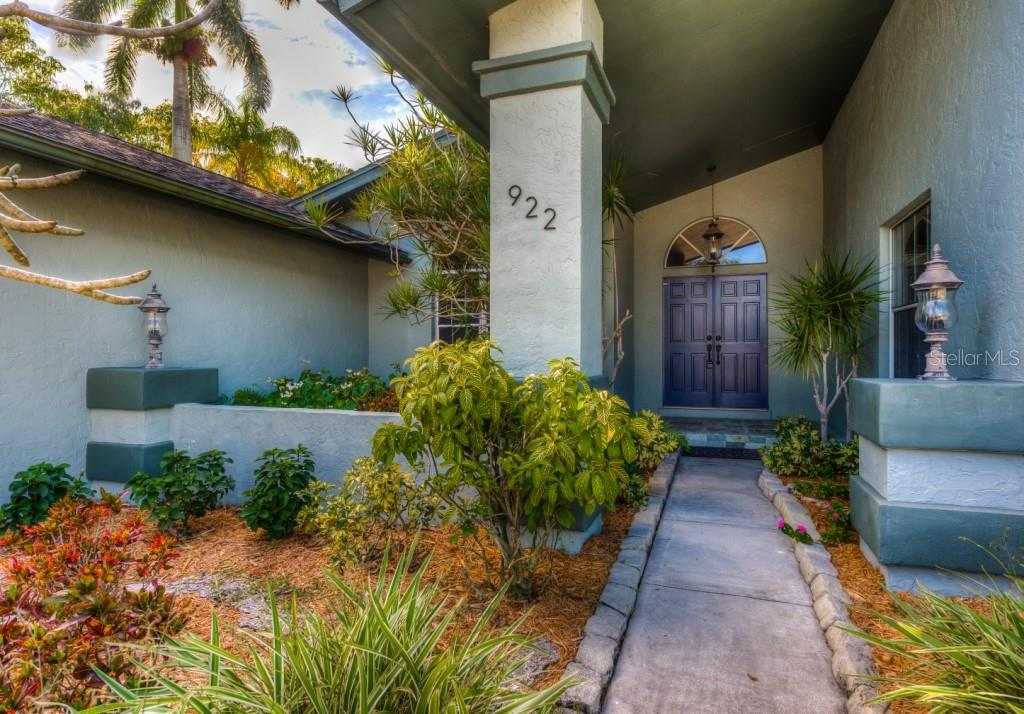 Single Family Home for sale at 922 80th St Nw, Bradenton, FL 34209 - MLS Number is A4424776