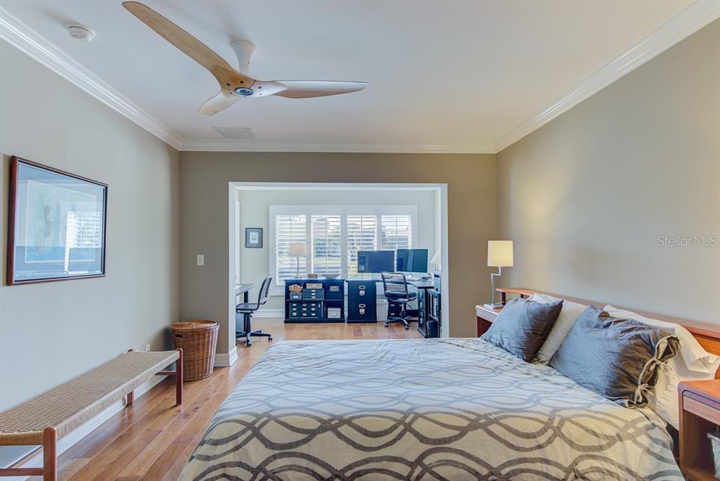 Master Bedroom - Single Family Home for sale at 622 Dundee Ln, Holmes Beach, FL 34217 - MLS Number is A4426329