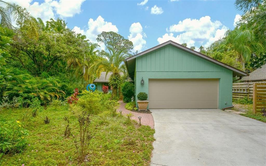 Older Survey - Single Family Home for sale at 4852 Brywill Cir, Sarasota, FL 34234 - MLS Number is A4432671