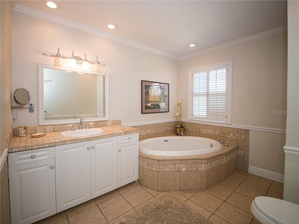 Whirlpool Tub in Master Bath - Single Family Home for sale at 2405 Avenue A, Bradenton Beach, FL 34217 - MLS Number is A4433128