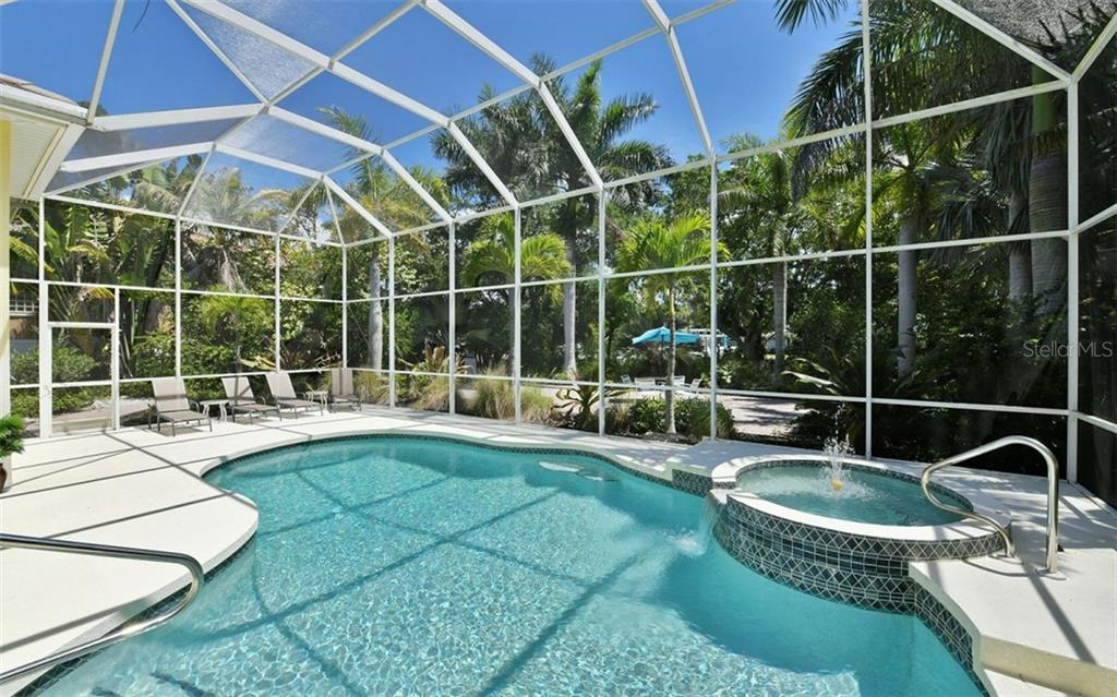 Single Family Home for sale at 3525 White Ln, Sarasota, FL 34242 - MLS Number is A4433441