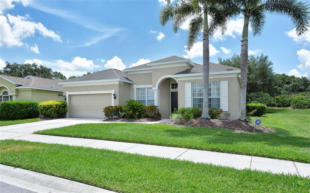 Single Family Home for sale at 263 Londonderry Dr, Sarasota, FL 34240 - MLS Number is A4436951
