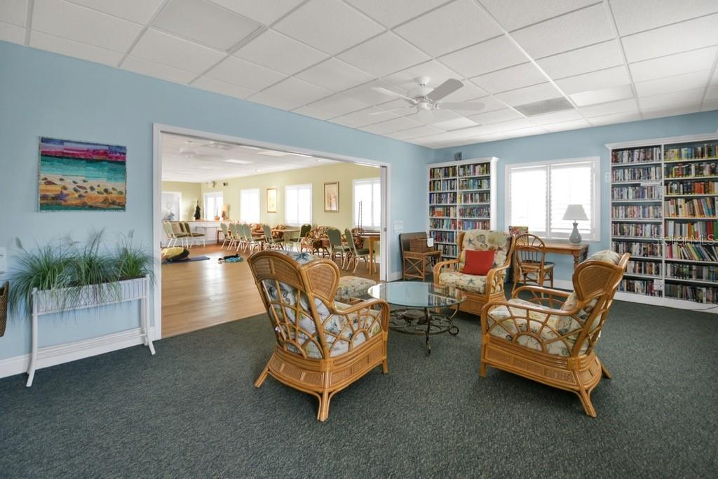Spanish Main Yacht club library - Villa for sale at 717 Spanish Dr N, Longboat Key, FL 34228 - MLS Number is A4438337