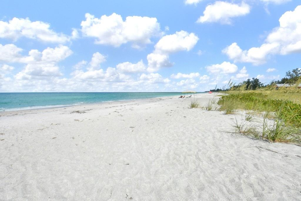 Beach North - Villa for sale at 717 Spanish Dr N, Longboat Key, FL 34228 - MLS Number is A4438337